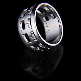 Cross Ring – Silver