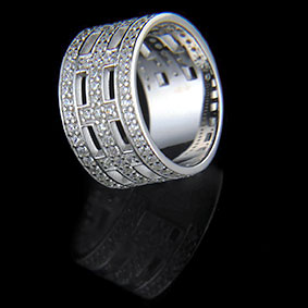Cross Ring – Rhodium – White Zirkon